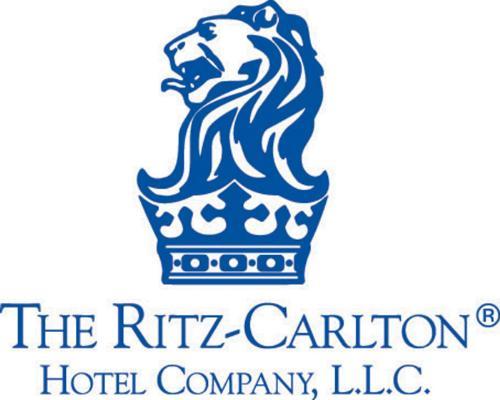 ritz carlton hotel logo