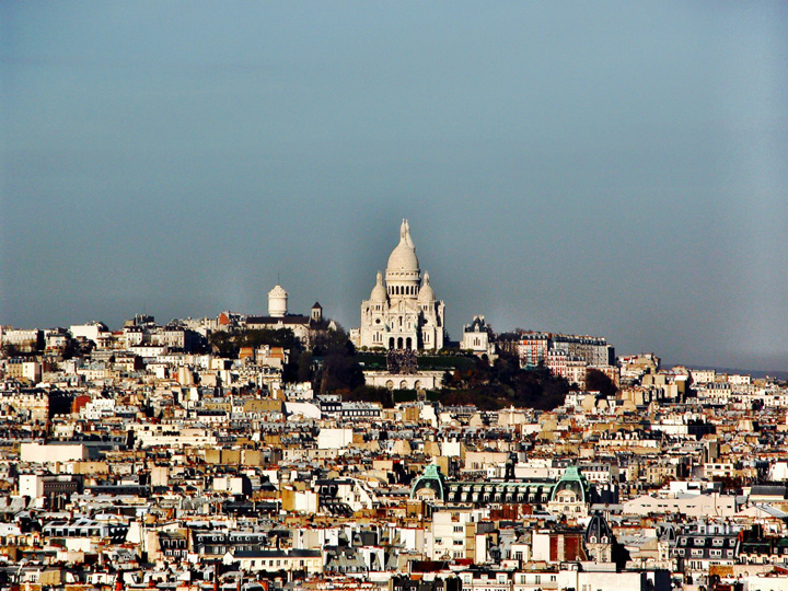 Paris skyline sacre coeur