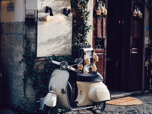 Vespa, Rome