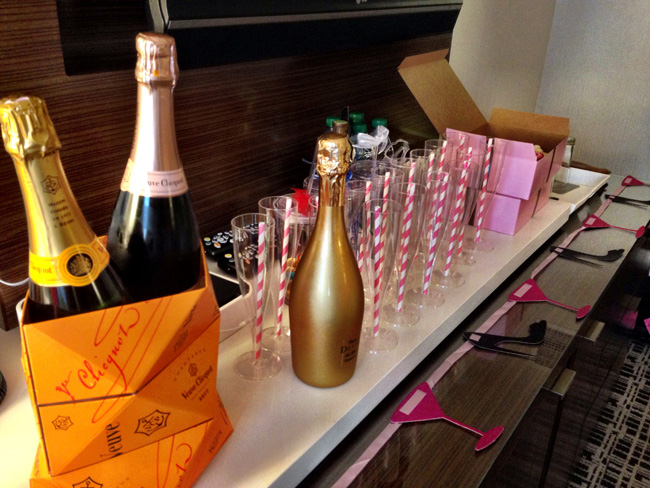bachelorette party nashville hotel room