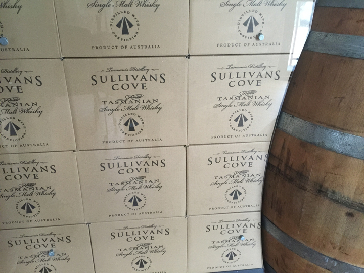 Tasmania wine sullivans cove