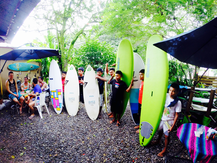 Give & Surf