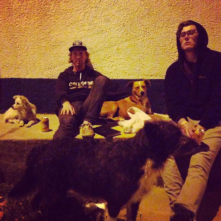Suesca Colombia dogs