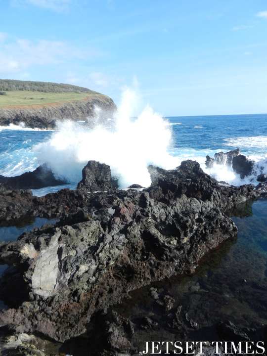 1 Crashing wave at Ana Kai Tangata, Easter Island