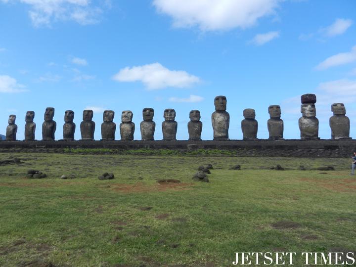 21 Classic view of Ahu Tongariki. Easter Island