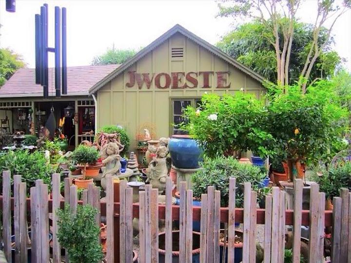 Facebook J. Woeste in Los Olivos