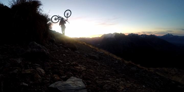 Tito Tomasi Grenoble France dusk mountain bike