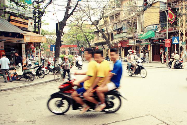 Flickr Andrea Schaffer Old Quarter Hanoi North Vietnam