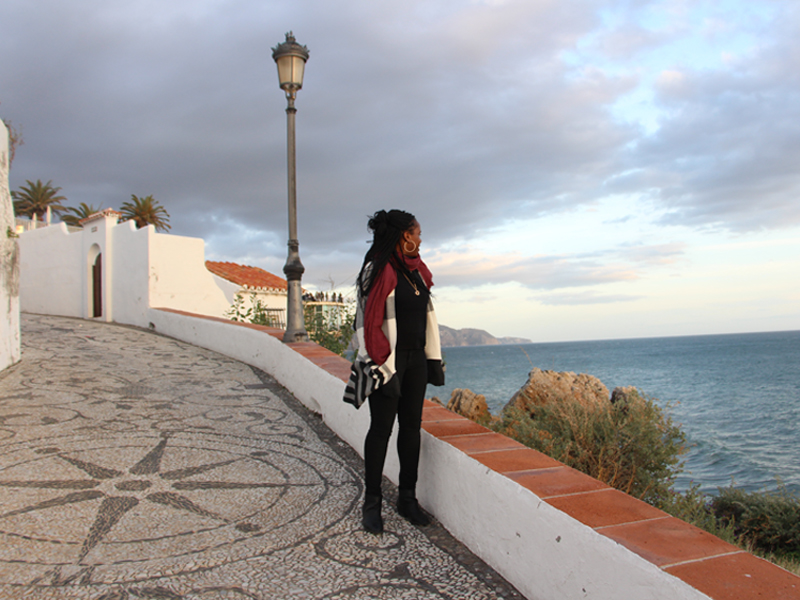 Sienna black women travel blogger