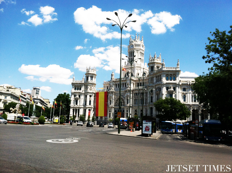 Madrid, Cibeles bus station
