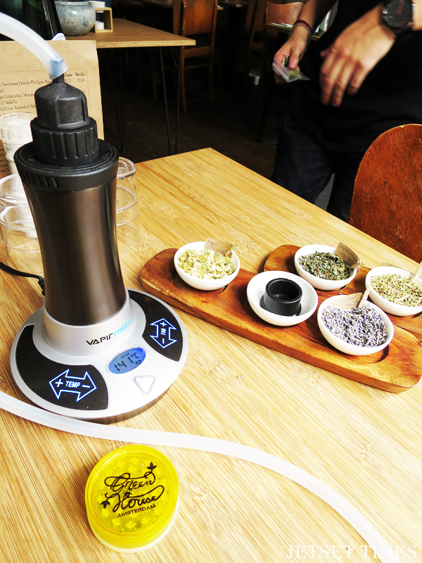 GH Kitchen Vape with herbs