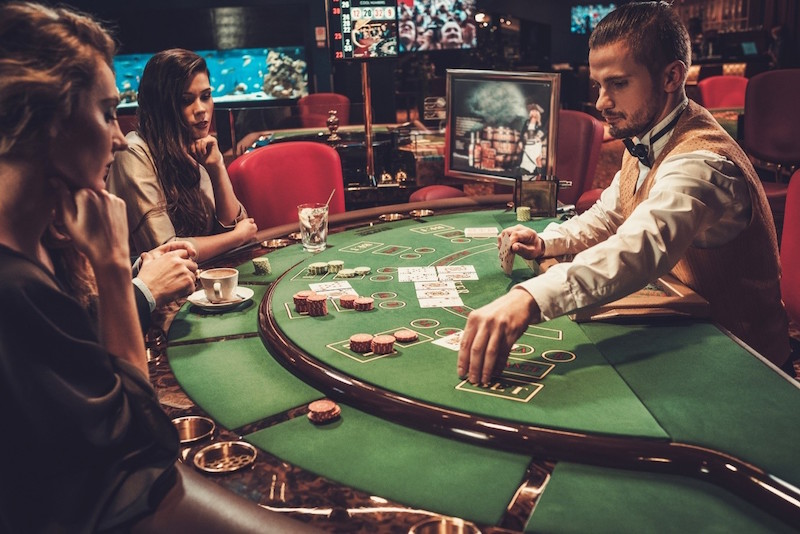 3 Must-See Destinations From Around The World For The Casino Tourist