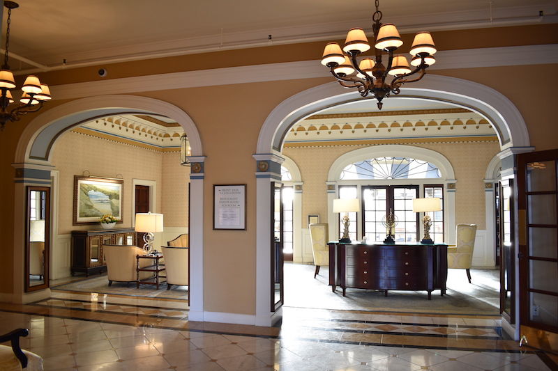 Grand Colonial Hotel