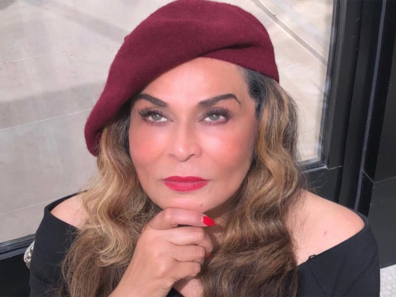 Tina Knowles Paris