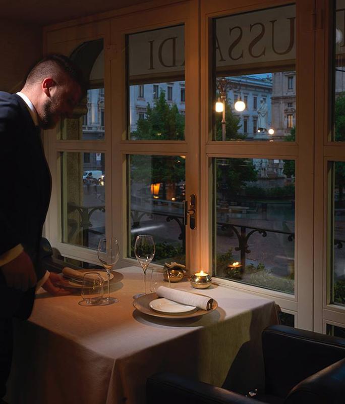Facebook Trussardi alla Scala Ristorante - Café - Lounge