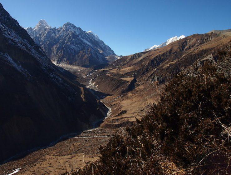 Nepal Manslu Circuit Trek