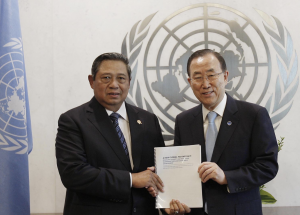 President Susilo Bambang Yudhoyono with UN Secretary-General Ban Ki-moon in New York City, 30 May 2013
