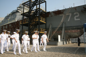 South Korean and U.S. Navy admirals inspecting the wreckage of Cheonan at Pyeongtaek on 13 September 2010.